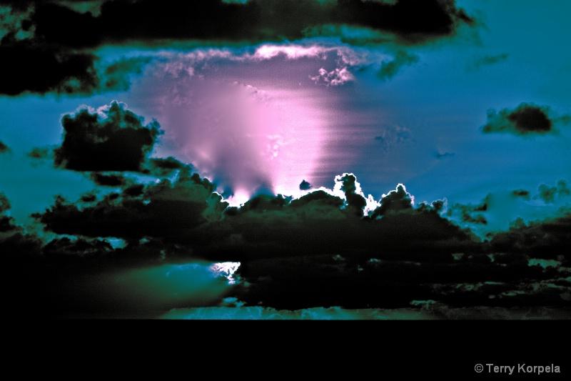infra-red caribbean sunset - ID: 12462293 © Terry Korpela