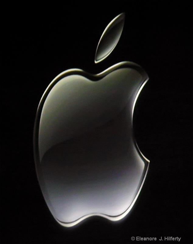 The Apple Logo - ID: 12508054 © Eleanore J. Hilferty