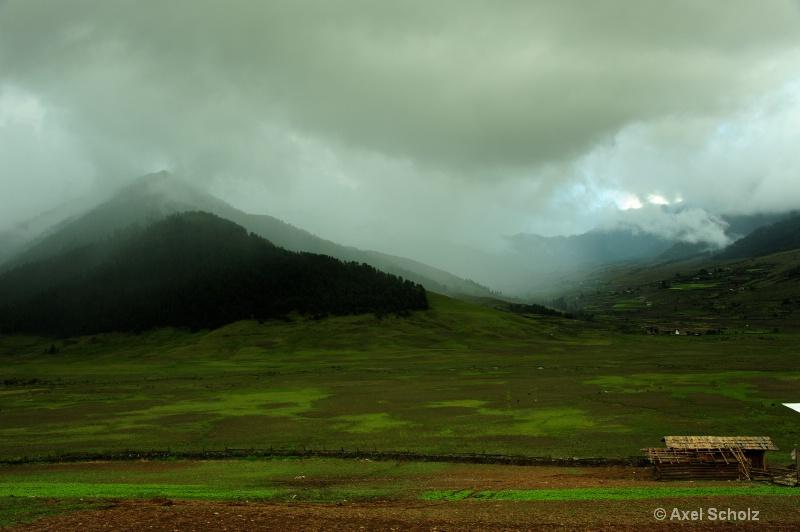 phobjika valley - ID: 12553867 © Axel Scholz