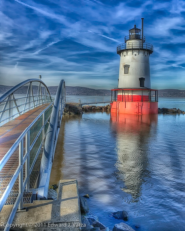 1883 Lighthouse at Sleepy Hollow