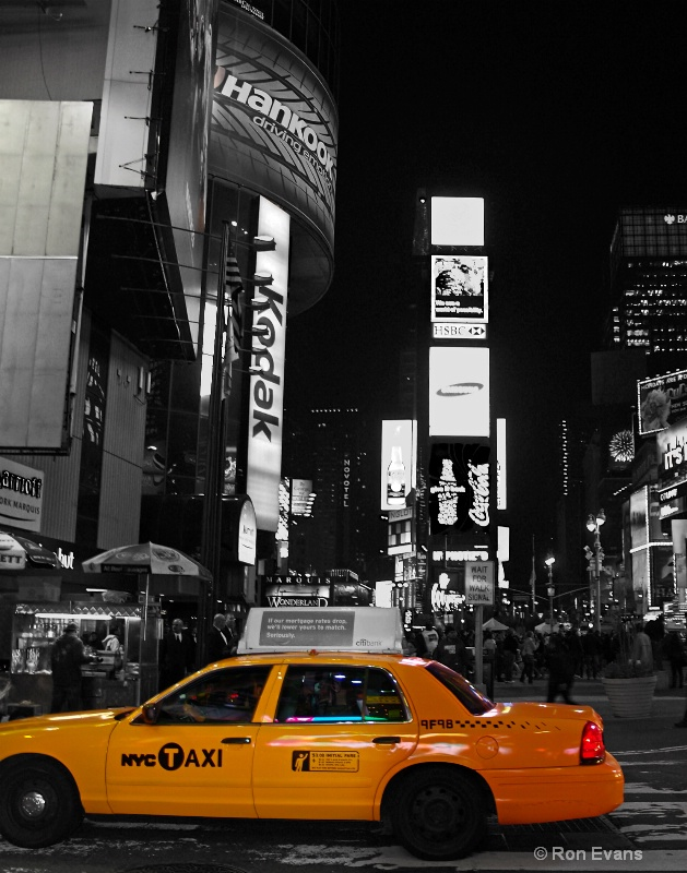 nyc touch of yellow 1011232 - ID: 12629733 © Ron Evans