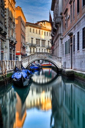 Calmness on the Canals