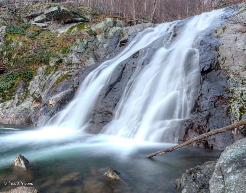 White Oak Canyon Lower Fall; Shenandoah NP - ID: 12646525 © Richard S. Young