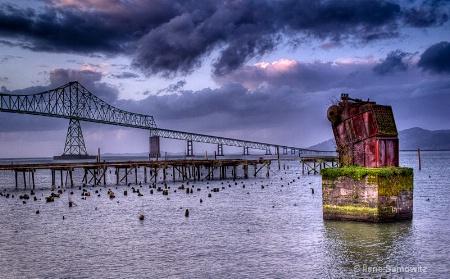 Astoria Bridge on New Year's Day