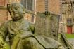 Statues of Brugge...