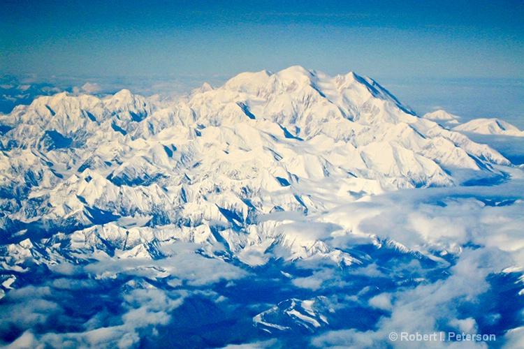 Mt McKinley - ID: 12676680 © Bob l. Peterson