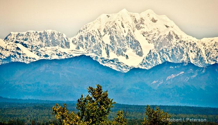 Mount McKinley, Alaska - ID: 12676681 © Bob l. Peterson