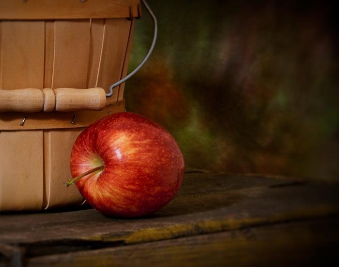Last Apple Standing