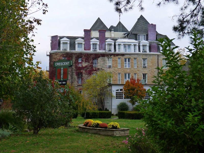 Crescent Hotel - Eureka Springs - ID: 12698036 © STEVEN B. GRUEBER