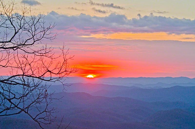 Winter Sunrise, Blowing Rock, North Carolina - ID: 12841280 © Carolina K. Smith