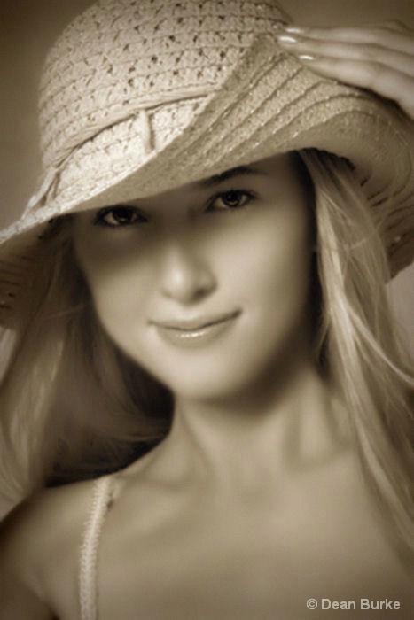 Jean Ann - aka - The Farmers Daughter - ID: 12860713 © Dean Burke