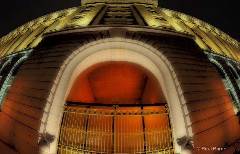 The Door - ID: 12902630 © paul parent