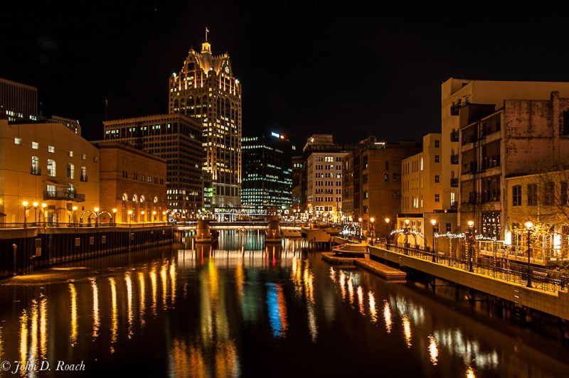 Milwaukee River Walk #2