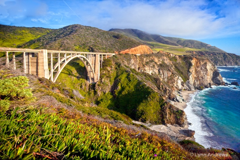 big sur bridge2 - ID: 12975767 © Lynn Andrews