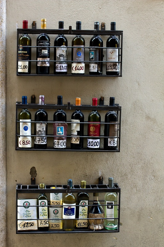 Outdoor wIne rack