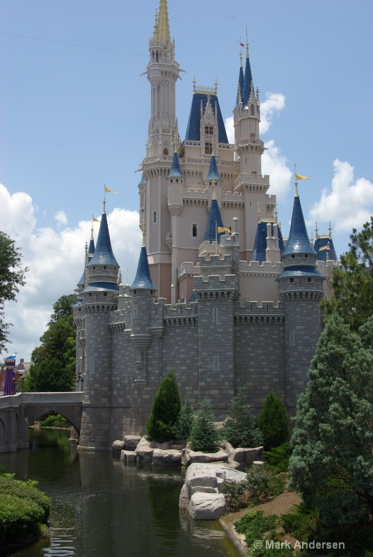 Castle View 2012 - ID: 13079647 © Mark Andersen