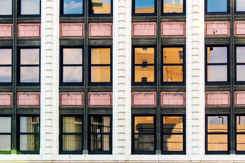 Changing windows - ID: 13165582 © James R. Lipps