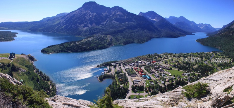 Waterton lake - ID: 13181591 © ashley nicholas