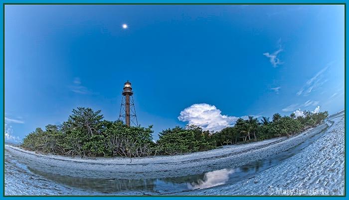 Lighthouse & Moon - ID: 13225181 © Mary Iacofano