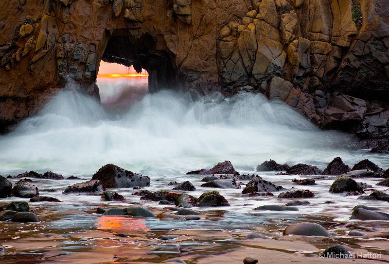 Pfeiffer State Beach Sunset - ID: 13256362 © Michael Hattori