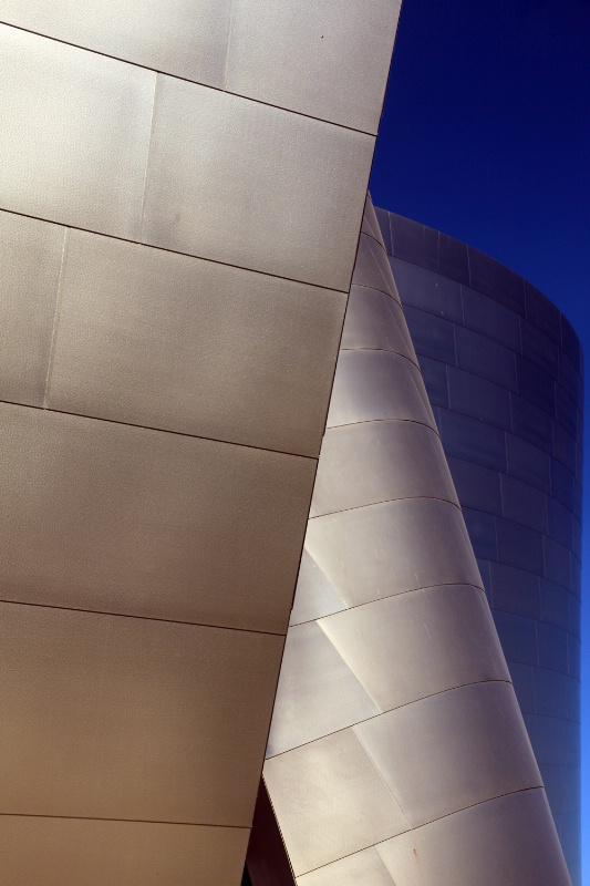 Disney Concert Hall, RAW to JPEG
