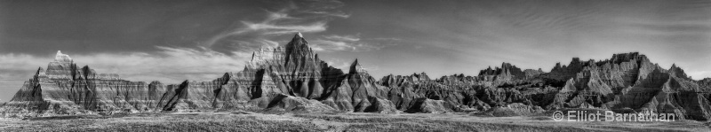 Badlands Panorama 1 - ID: 13342487 © Elliot S. Barnathan