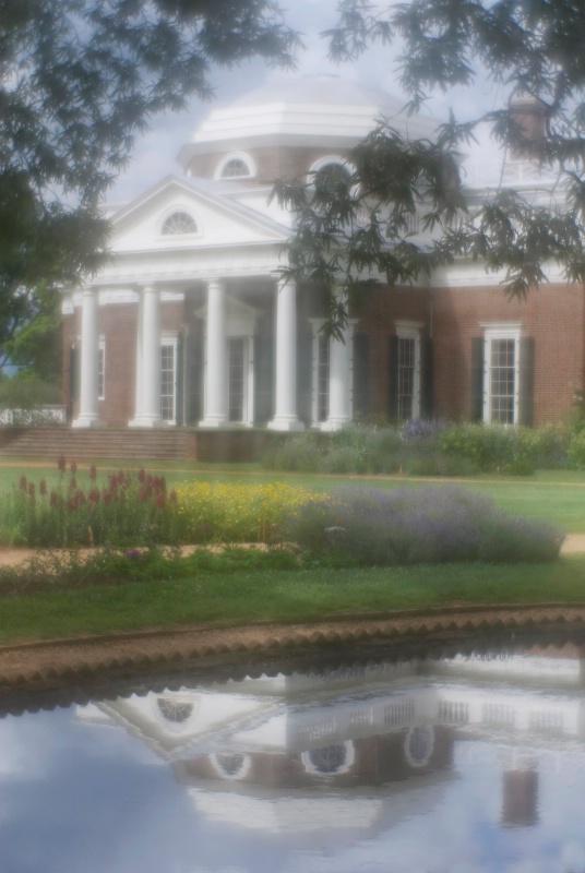 Monticello - ID: 13441246 © Nora Odendahl