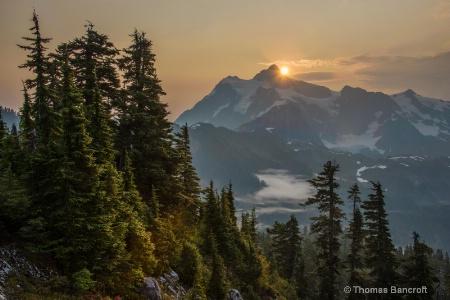 northwest autumn-10 - First light on Mt Shuskan