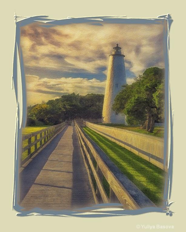 Ocracoke Lighthouse<p> - ID: 13534542 © Yulia Basova