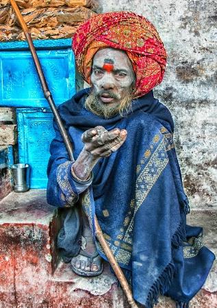 INDIA5746/ The holy man