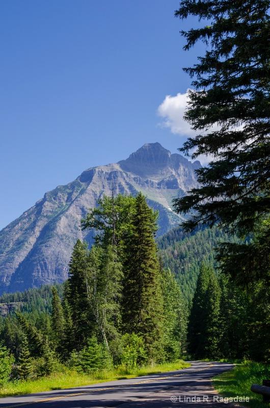 Road to the Sun Glacier National Park - ID: 13627564 © Linda R. Ragsdale