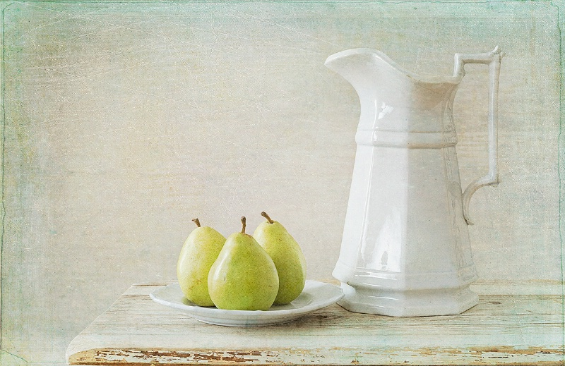 A Pitcher & Pears