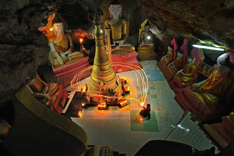 The little monk in the cave