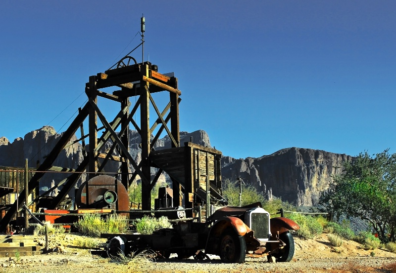 Goldfield Mine and Superstition Mountains