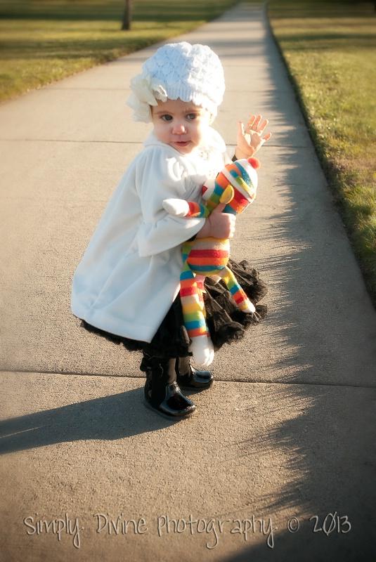 Bye-Bye Mommy! - ID: 13671719 © Susan M. Reynolds