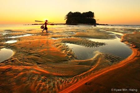 Beauty of Ngwe_Saung Beach