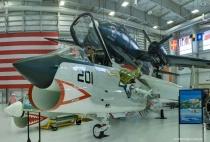 <b>F-8A Crusader</b>