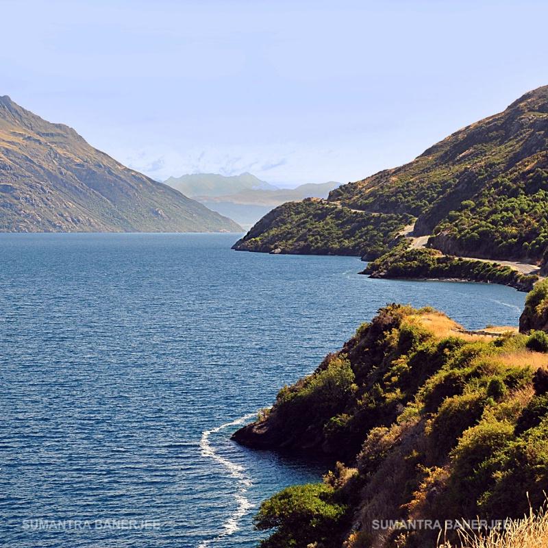 beautiful lake wakatipu  nz