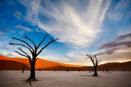 Sunset at Deadvlei
