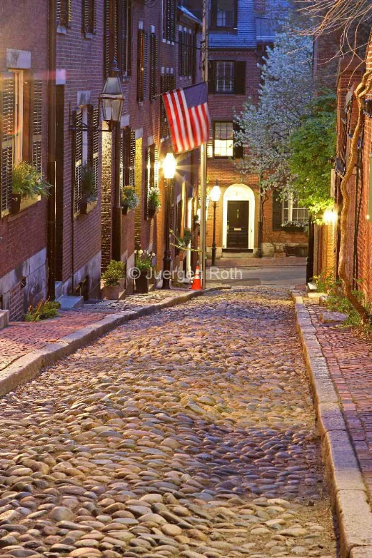 Acorn Street of Beacon Hill - ID: 13869908 © Juergen Roth