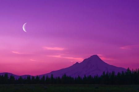 Sunset on the Hood