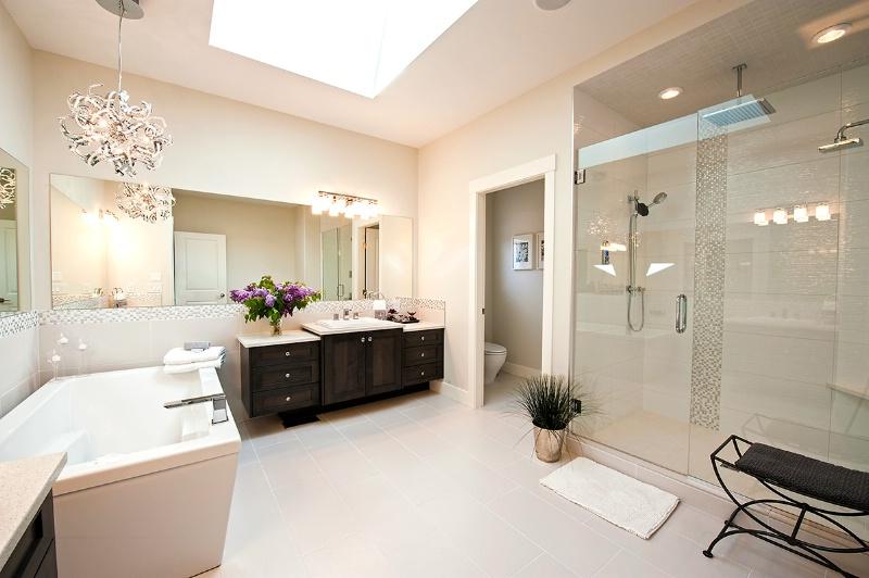 Bathroom - ID: 13908986 © Kelly Pape