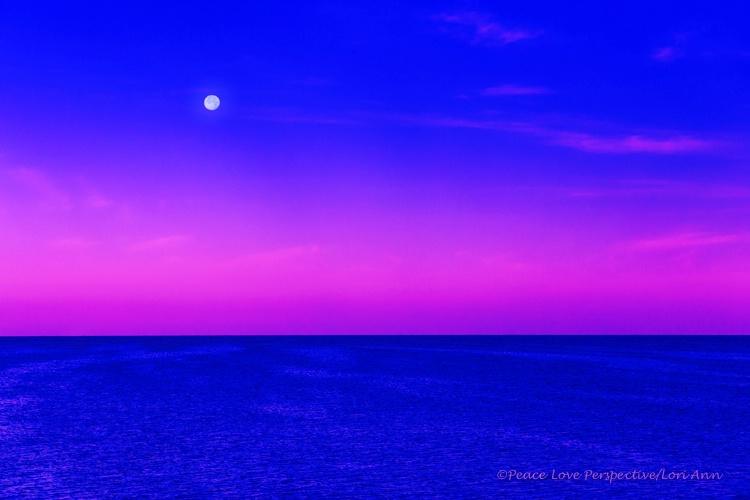 Moonset Magic