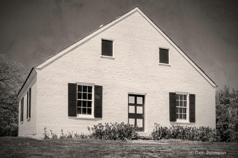 Antietam B&W Church with Texture - ID: 13948969 © Don Johnson