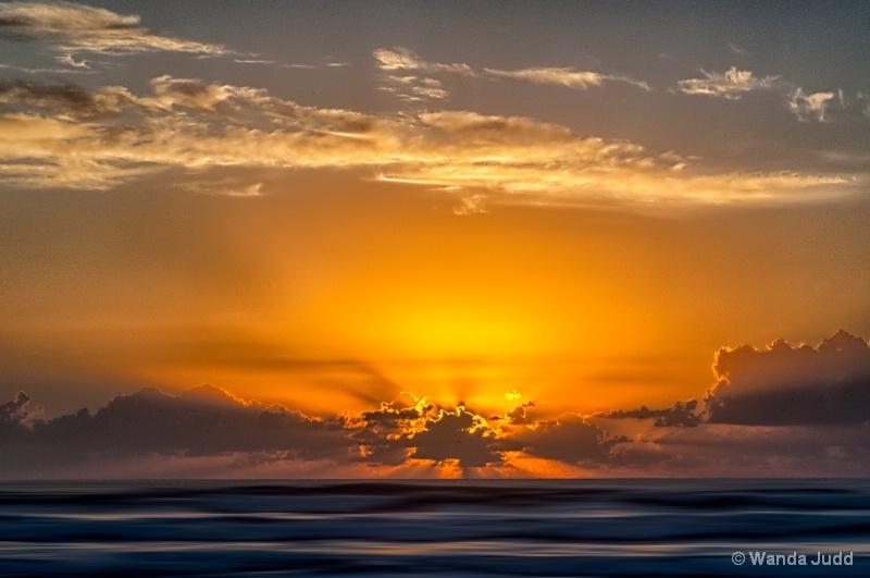 Sunrise  - ID: 13956476 © Wanda Judd