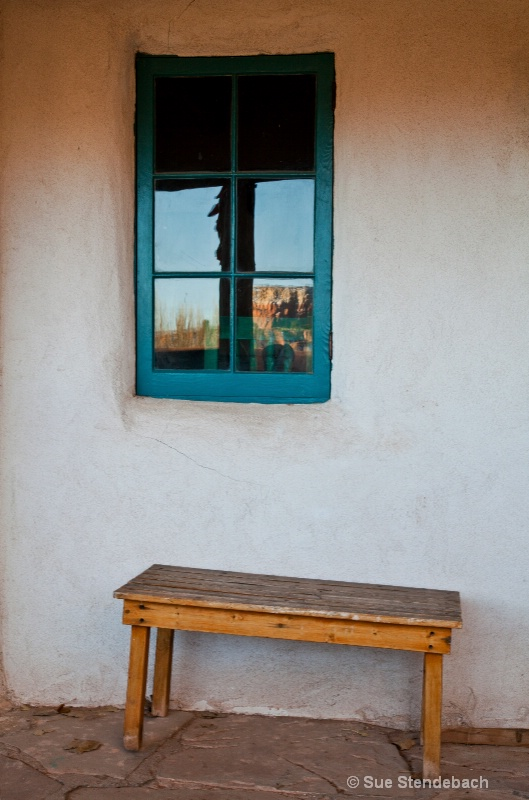 Ghost Ranch Reflected, New Mexico - ID: 13972049 © Sue P. Stendebach