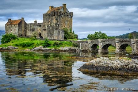 Eilean Donan Castle v2