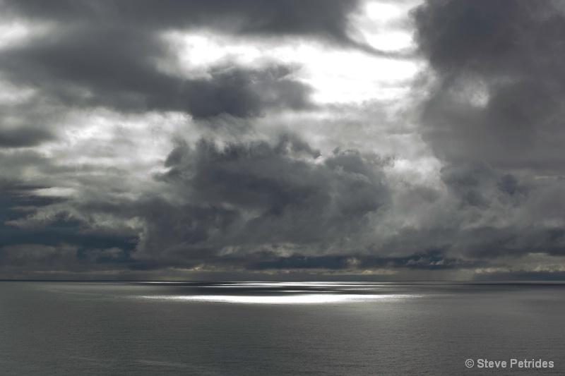 North Atlantic Ocean -- Morning - ID: 14034881 © Steven Petrides
