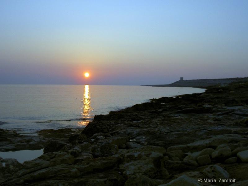 Sunrise at  Baħar iċ-Ċagħaq