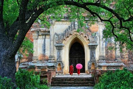 Go To Pagoda.....